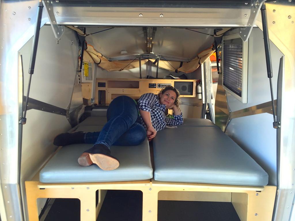 cricket trailer bed