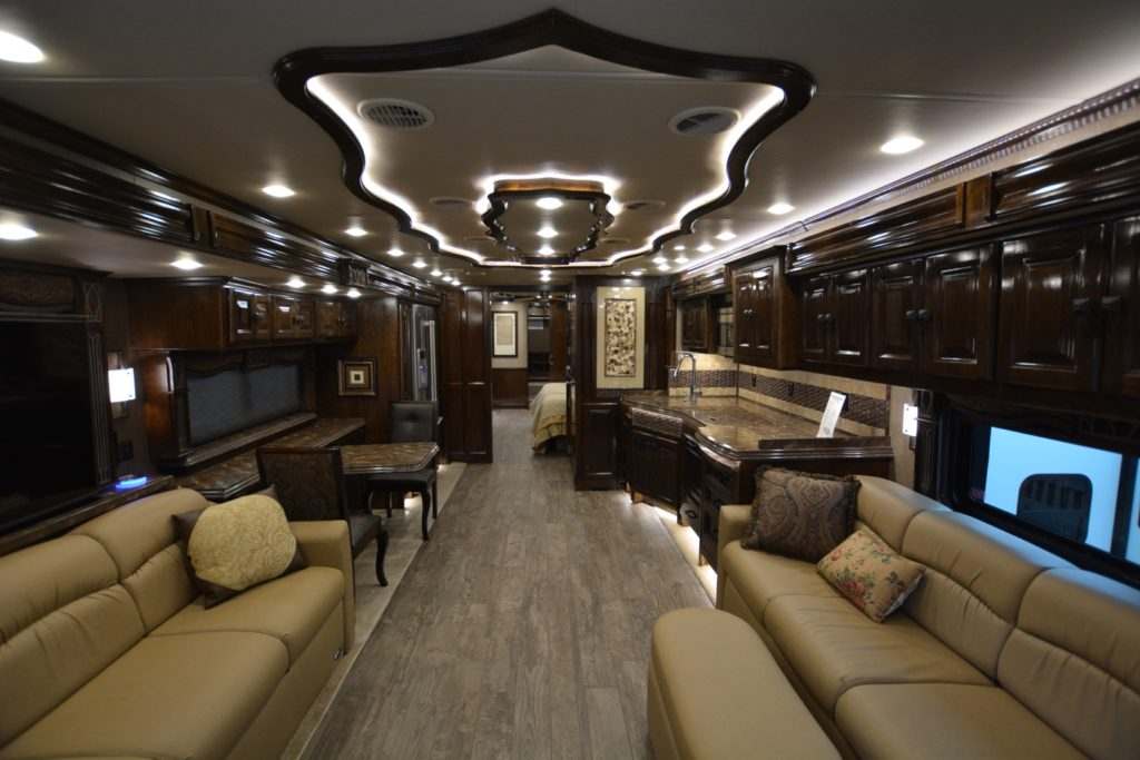 Hershey RV Show: The Bling is the Thing!