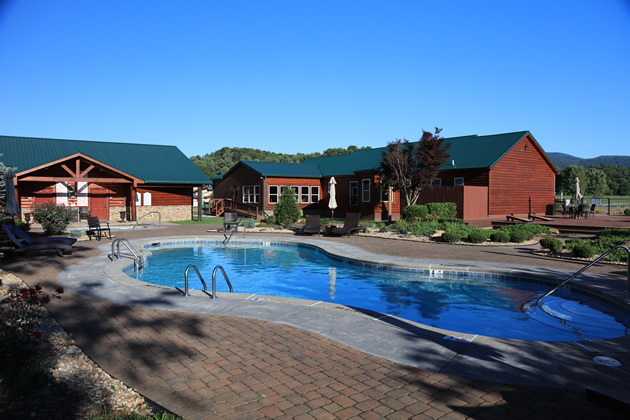 Crossing-Creeks-RV-Resort-Spa-4
