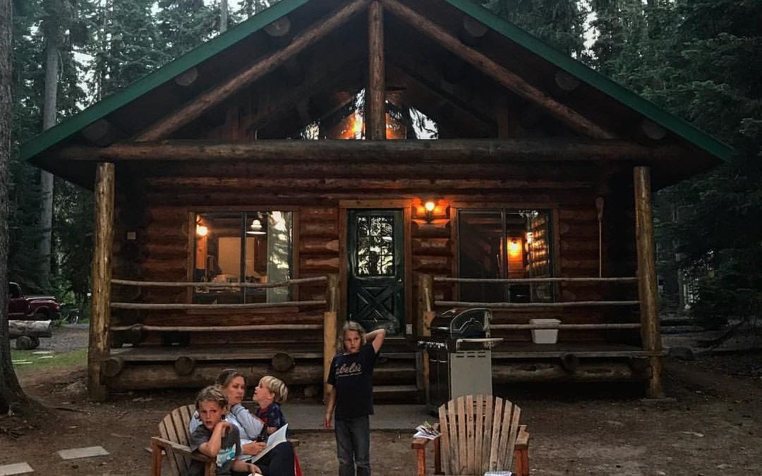 Pros and Cons of Campground Cabin Rentals: Cabins Vs. Hotel Rooms